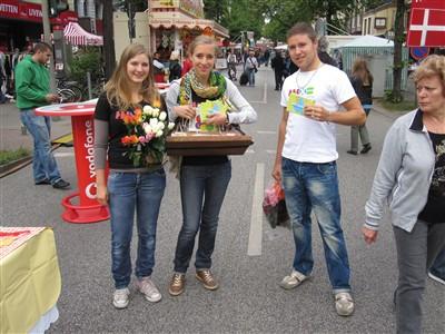 Fair Trade Botschafter_innen beim Osterstraßenfest