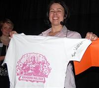 GEWINN: T-Shirt mit Tine Wittler Autogramm